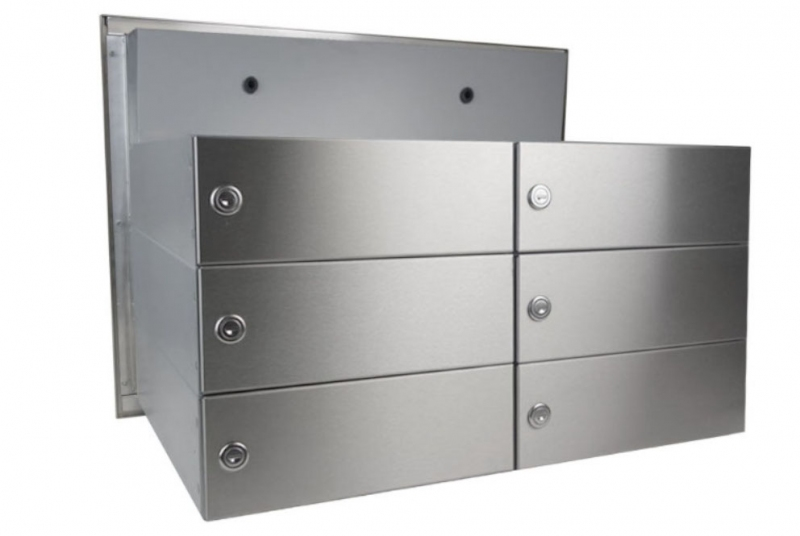 POŠTOVNÍ SCHRÁNKY DO SLOUPKU OPLOCENÍ - 6x poštovní schránka B-042 rovná k zazdění do sloupku + čelní deska s 6x zvonkem a přípravou pro HM - NEREZ